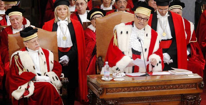 Nella successione legittima al coniuge del defunto - Casa in comproprieta e diritto di abitazione ...