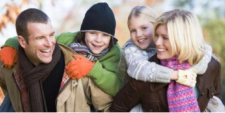 A partire dal 1° Gennaio 2013 i Ccnl dovranno individuare le modalità di fruizione e i criteri di calcolo della base oraria dei congedi parentali. Novità anche sul fronte delle comunicazioni dei certificati medici per l'assenza del lavoratore a causa della malattia del figlio