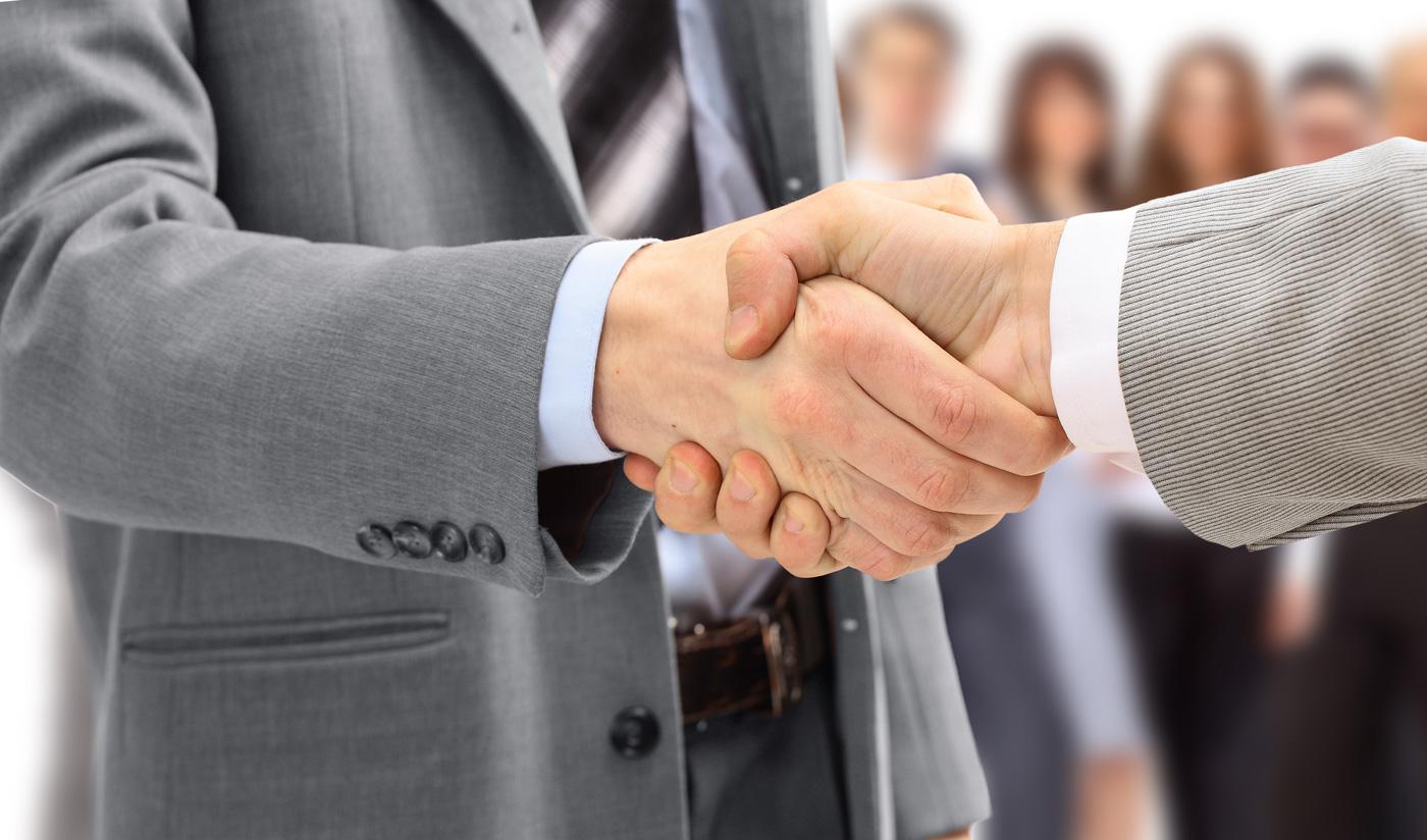 Il trasferimento a un altro datore di lavoro di una serie di contratti di lavoro eterogenei rappresenta cessione di ramo d'azienda solo se prima del negozio questi contratti configuravano una vera e propria struttura aziendale con autonomia funzionale e produttiva