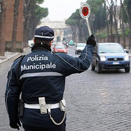 Forze di polizia, sicurezza sui luoghi di lavoro: Garante privacy, si allo schema di decreto