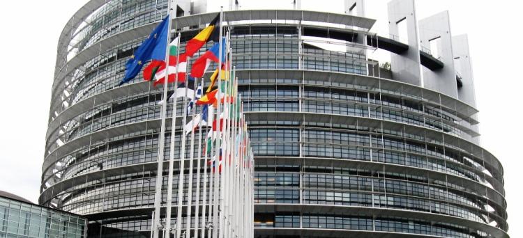 Al via la legge europea per il 2013, modifiche a tutto fronte per chiudere diverse infrazioni aperte dall'Ue