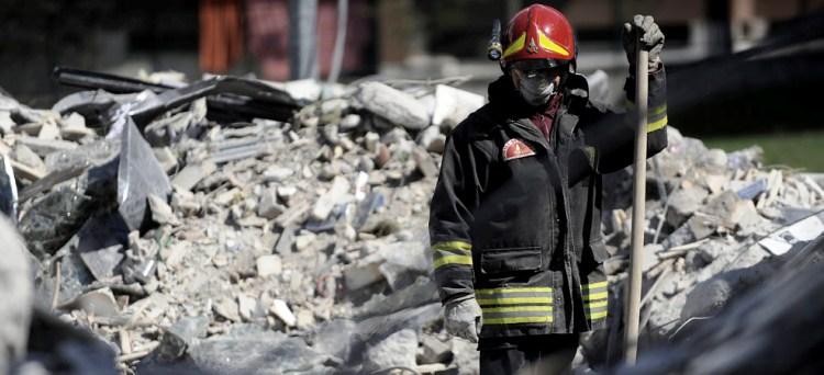 Scade il prossimo 30 aprile il termine entro cui i terremotati colpiti dal sisma del maggio scorso in Emilia, Lombardia e Veneto dovranno effettuare i versamenti per perfezionare l'accertamento con adesione o l'accettazione dell'invito al contraddittorio