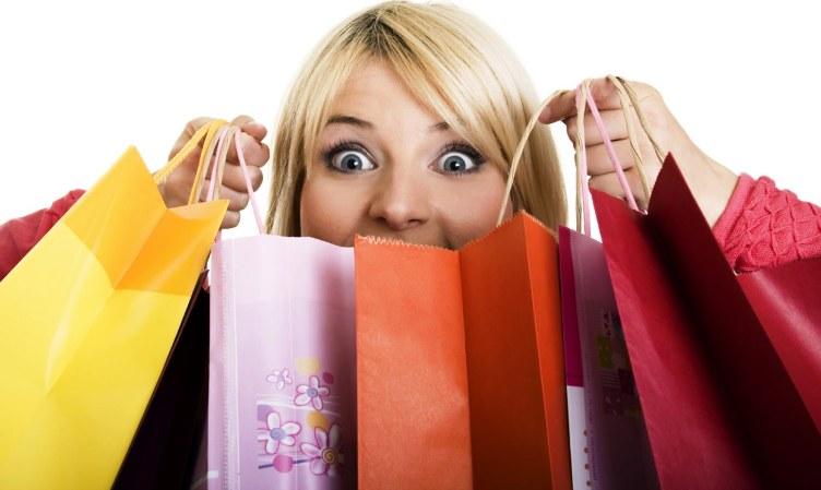 Secondo una recente sentenza del Tribunale Civile di Roma fare shopping sfrenato può essere un validissimo motivo di addebito di colpa in caso di separazione