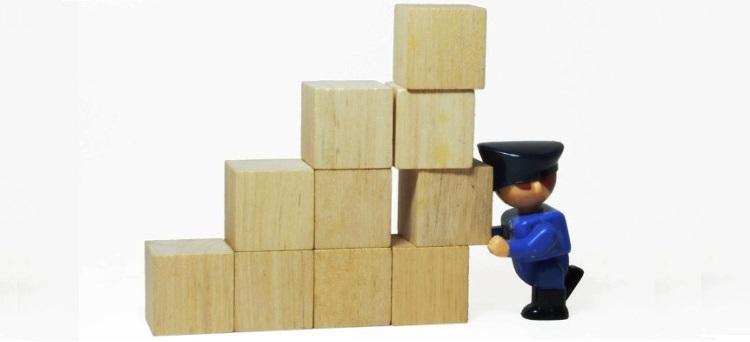 """Il lavoratore con """"mansioni di sistemazione"""" della merce in magazzino va inquadrato come impiegato e non come operaio"""