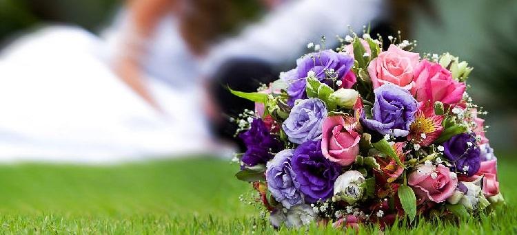 Il licenziamento effettuato nel periodo intercorrente tra la richiesta delle pubblicazioni ed un anno dalla celebrazione del matrimonio è nullo e va risarcito