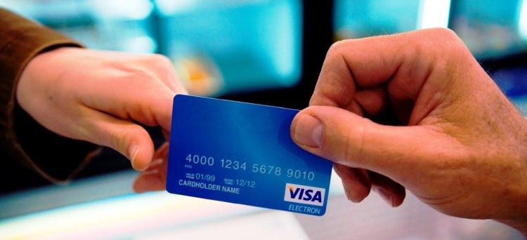 A decorrere dal 1° gennaio 2014, i soggetti che effettuano l'attività di vendita di prodotti e di prestazione di servizi devono accettare pagamenti elettronici