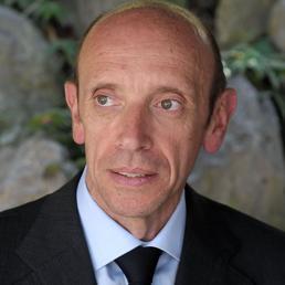Mastrapasqua si è dimesso dalla presidenza dell'Inps. La decisione è arrivata dopo la richiesta di un cambio di governance dell'istituto da parte del premier Enrico Letta