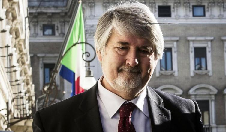 Niente bonus in busta paga. L'aumento degli stipendi dei lavoratori dipendenti promesso da Matteo Renzi passerà per un incremento delle detrazioni Irpef