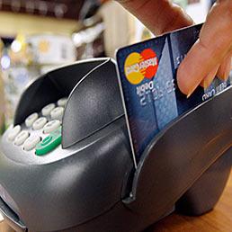 Moneta elettronica, il governo boccia la 'tassa' sul contante