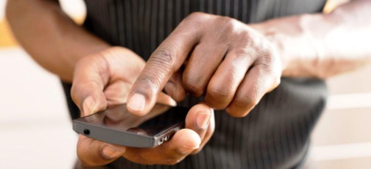 Photo of Arriva la stangata del governo sui cellulari: ecco la nuova tassa
