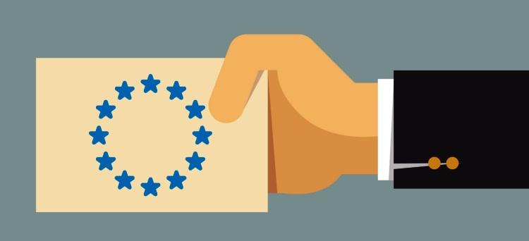 Photo of Tessera professionale europea: il Governo risponde su Facebook