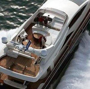 Paradise Papers: la Commissione europea interviene contro le agevolazioni fiscali illecite per yacht e aeromobili