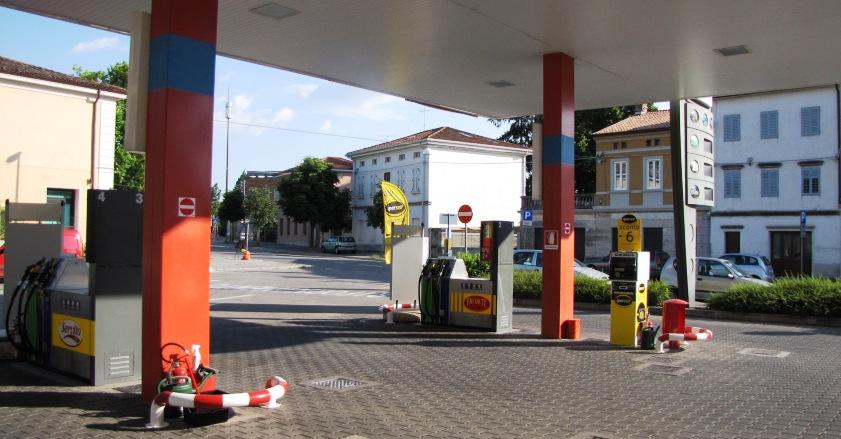 Distributore di benzina e impianto alla vendita tutto - Detrazioni fiscali in caso di vendita immobile ...