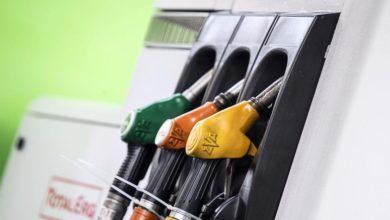 La cessione del buono/carta carburante non è soggetta ad IVA e, conseguentemente, a fattura elettronica se esso consente di rifornirsi presso più soggetti (ad esempio, impianti gestiti da diverse compagnie o da singoli imprenditori) o di acquistare più beni e servizi