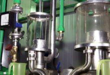 """L'Agenzia delle Dogane ha trasmesso alle proprie direzioni e uffici i nuovi facsimile degli attestati """"B"""", """"C"""", """"D"""" facenti riferimento alla convenzione stipulata con l'AGEA avente ad oggetto l'alcol ottenuto dalla distillazione dei sottoprodotti della vinificazione"""